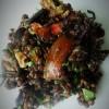 Чечевичный салат с баклажанами, шампиньонами и грецкими орехами