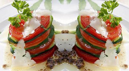 овощи с соусом из анчоусов