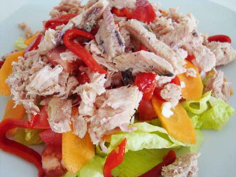 Как приготовить рыбный салат из рыбных консерв